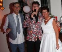 Vers trouwtje waar Anita en Willem de knoop doorhakten , super gezellig feest!!
